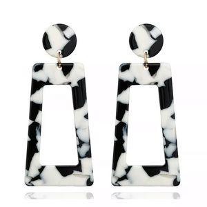 BOGO FREE Black & white statement earrings 🖤🖤🖤